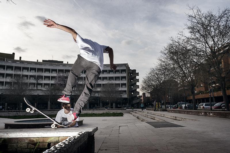 Stupidi-Giocattoli-di-legno-caduta-dallo-skate-600x400