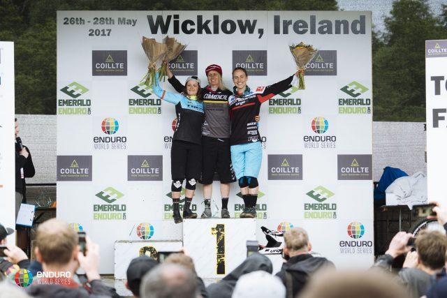 Il podio femminile al round irlandese delle EWS