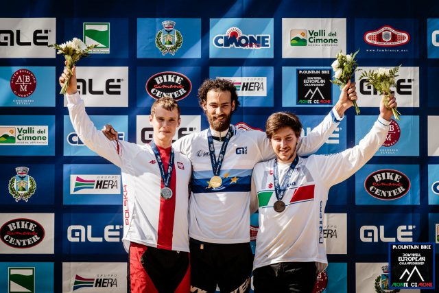 Podio Elite Men: Payet 1°, Lukasik 2°, Revelli 3°