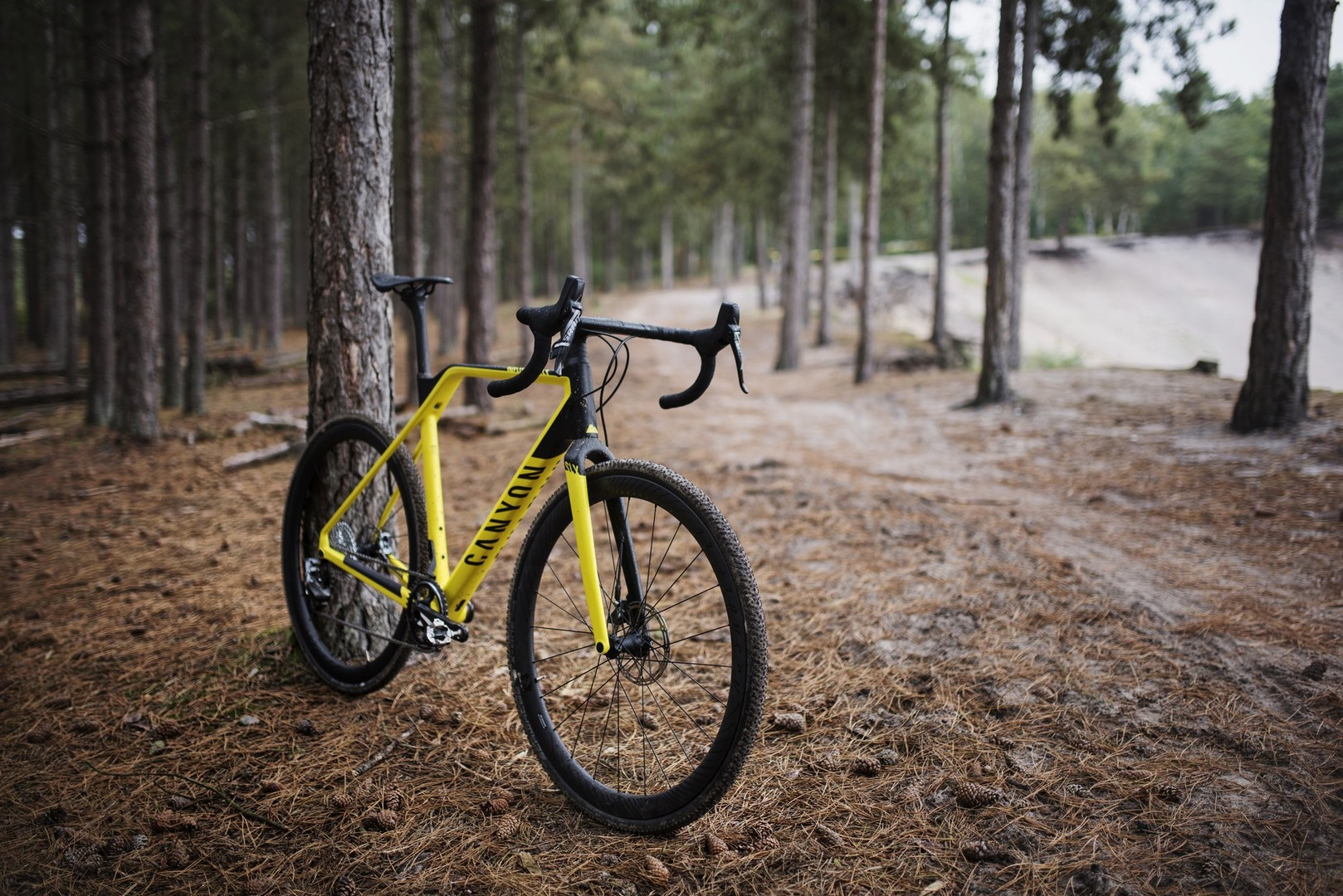 Canyon Inflite CF SLX, la nuova arma del brand tedesco per il ciclocross