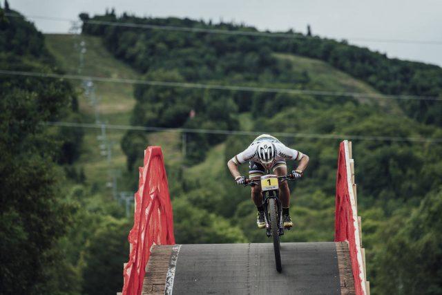 Nino Schurter a tutta a Mont-Sainte Anne