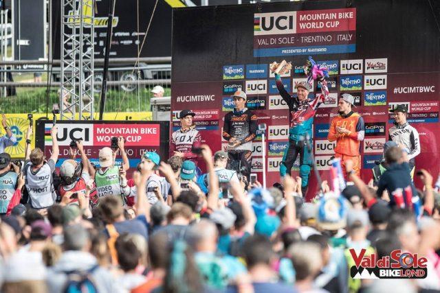 Il podio Elite Men alla UCI World Cup DH della Val di Sole