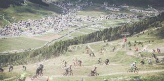 Serpentone di rider al Mottolino Fun Mountain - foto: © Eze Urrets