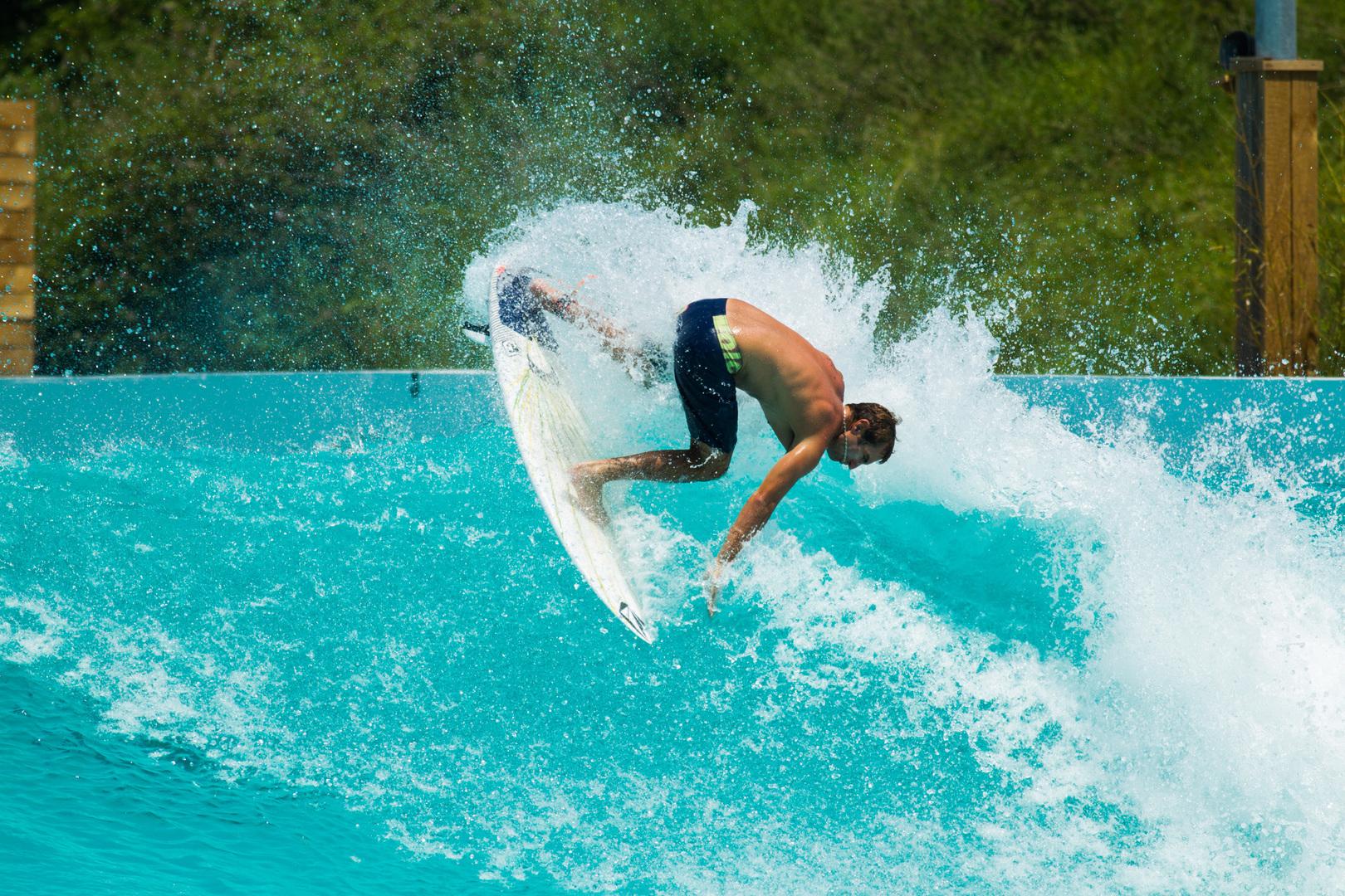 Wavegarden Cove: summer session con Maud Le Car e Joan Duru
