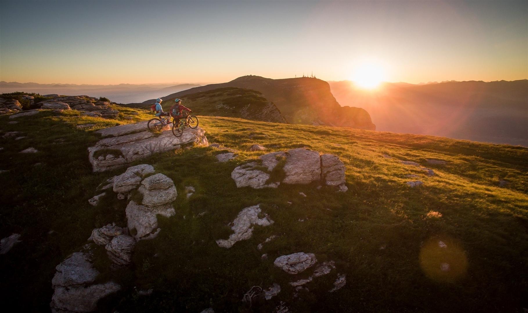 Vista epica a Dolomiti Paganella Bike