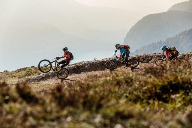 Un bel mix tra artificiale e naturale sui trail di Molveno Zone a Dolomiti Paganella Bike