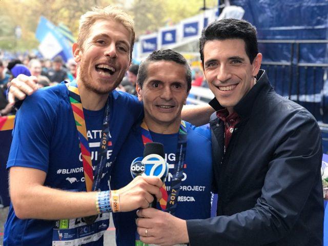 Mattia Di beo insieme a Luigi, atleta non vedente che ha raggiunto il suo sogno a New York correndo poco sopra le 3h10'