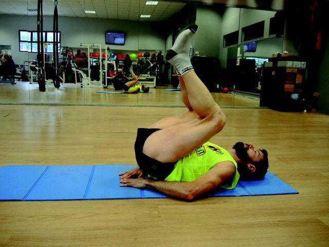 Training addominali: Crunch inverso