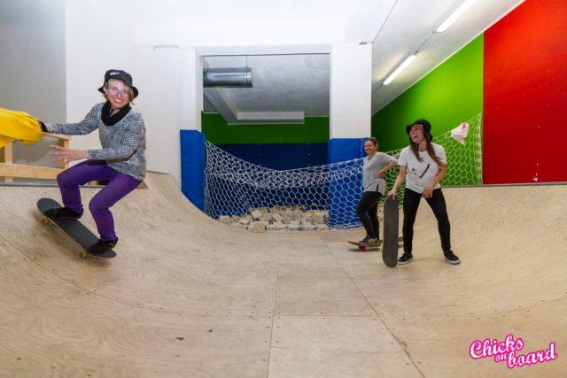 chicks on board 2018 skate sci