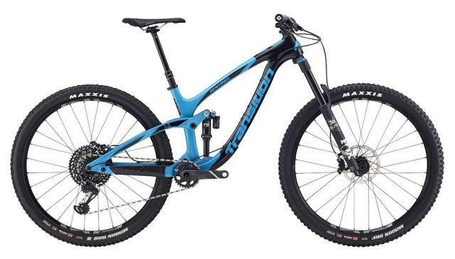 Transition Sentinel Carbon in colorazione TR Blue