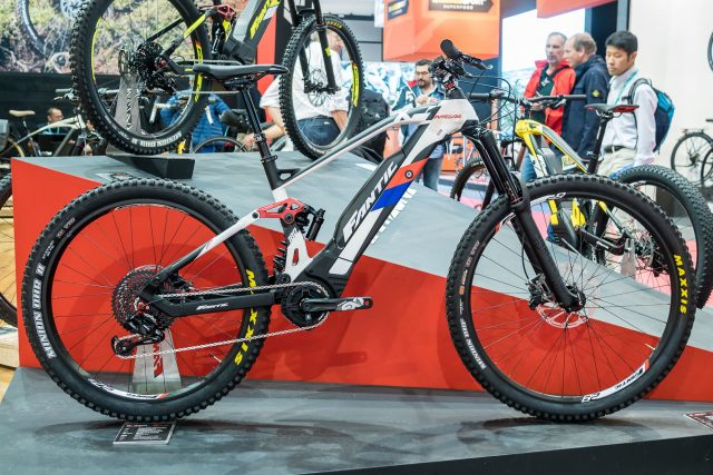 La eMTB Fantic XF1 Integra vince il prestigioso Design   Innovation ... 189507fc7