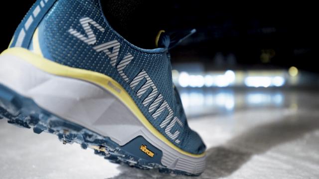 Salming iSpike, carrozzata Vibram Litebase & Megagrip vince a Ispo 2018 il premio come calzatura dell'anno nella categoria Health & Fitness