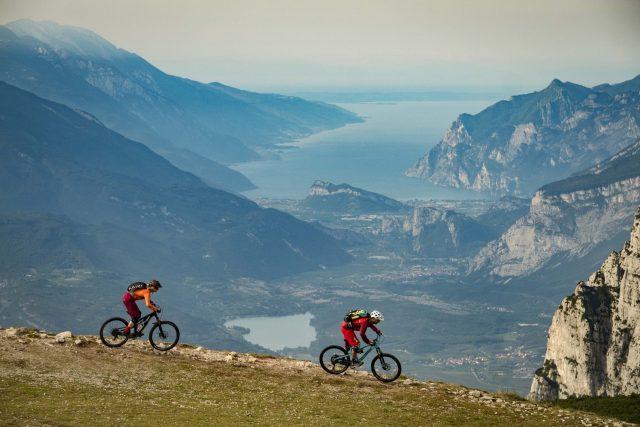 Vista spettacolare da Cima della Pganella, sino al Lago di Garda