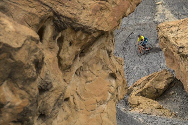 Un altro iconico paesaggio dello Utah, con i suoi profondi canyon sabbiosi