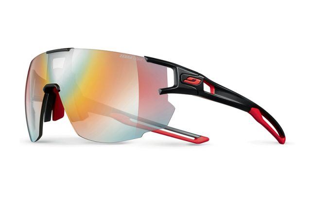 Julbo Aerolite con lenti Reactiv Photochromic | Zebra Light