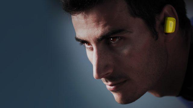 Il triatleta spagnolo Mario Mola, testimonial per JVC