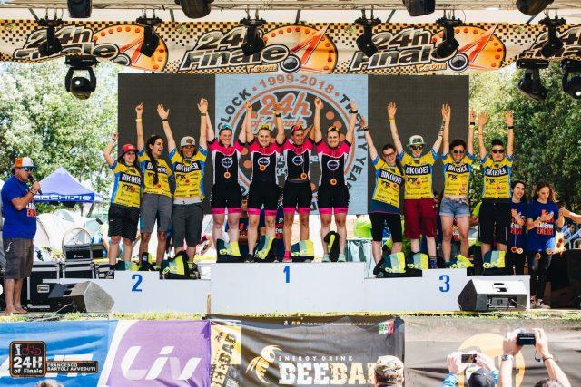 Podio Team 4 Femminile: 1° Oppenau, 2° Bikher Fasta, 3° Bikher Masta