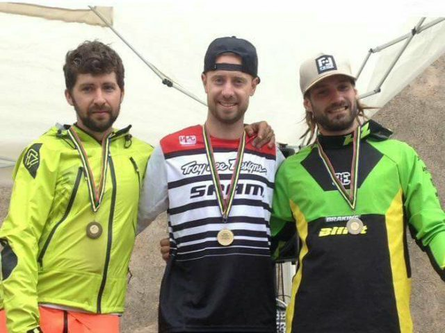Il podio Elite: 1° Martin, 2° Tondin, 3° Finetto