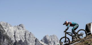 Aaron Gwin impegnato a Leogang nel 2017