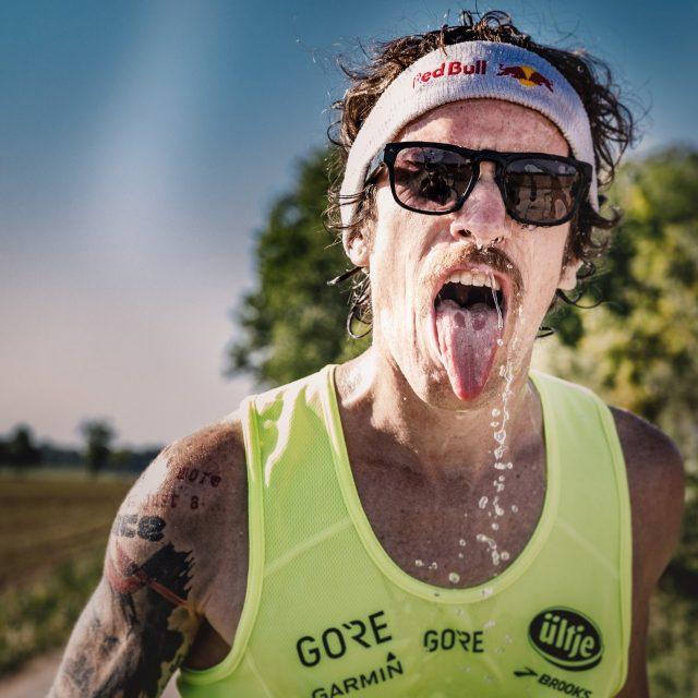 L'atleta GORE® Florian Neuschwander affronta con successo la sua prima 100 miglia, la leggendaria West Endurance Run in California, USA.