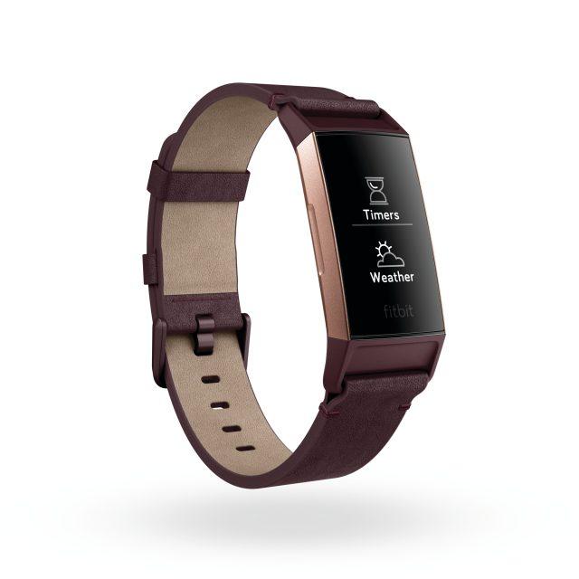 Il Fitbit Charge 3 nella versione esclusiva con cinturino in pelle