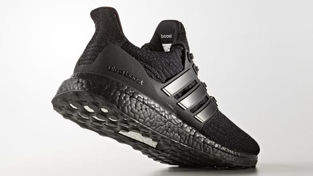 La suola CONTINENTAL delle nuove adidas ULTRABOOST Triple Black, massimo grip in ogni condizione