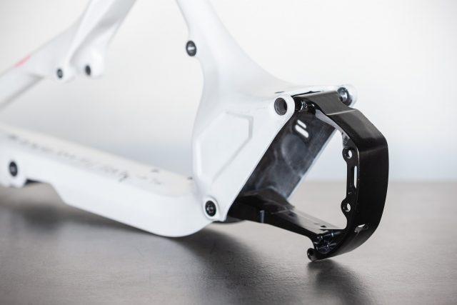 Supporto motore completamente rivisto, per un telaio più rigido e più leggero