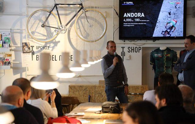 Il CT della nazionale italiana MTB Mirko Celestino presenta la prima tappa di Andora