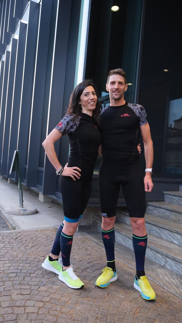 Da sx, KAren Pozzi incompagnia del fortissimo triatleta Alessandro Degasperi, special guest d'eccezione e atleta BV SPORT