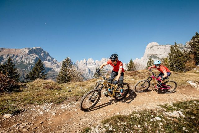 Panoramici epici e trail divertenti in Dolomiti Paganella Bike