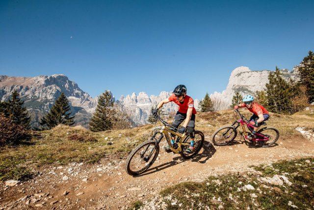 Panoramici epici e trail divertenti in Dolomiti Paganella Bike