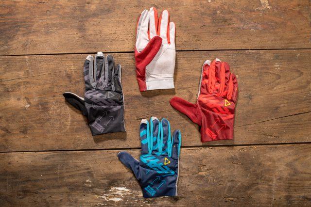 Dorso e palmo dei guanti Leatt DBX 3.0 Lite