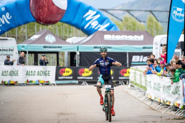 l francese Tempier festeggia il successo al Marlene Südtirol Sunshine Race