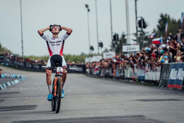Prima vittoria in World Cup XCO per il talento olandese Mathieu Van der Poel