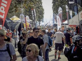 Il pubblico internazionale invade l'area Expo di FSA Bike Festival Garda Trentino per scoprire le ultime novità di settore