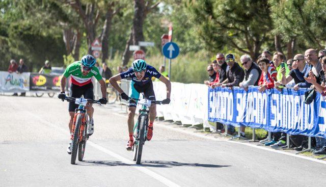 Lo sprint tra Kerschbaumer e Tempier a Pineto