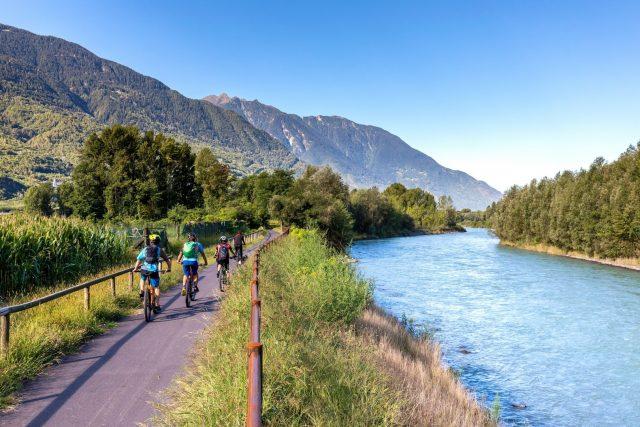 Pedalata per tutti sul Sentiero Valtellina