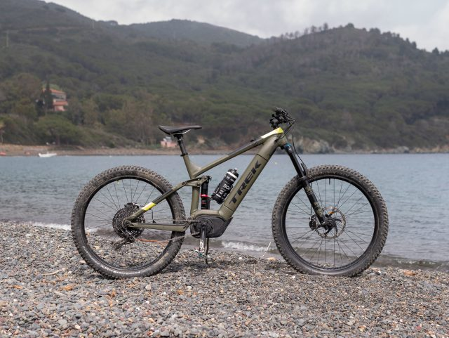 Trek Powerfly LT 9 Plus