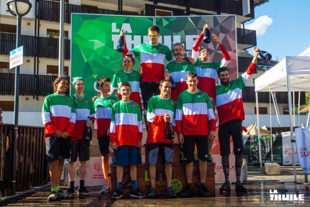 Tutti i campioni italiani enduro 2019 per categoria sul podio di La Thuile