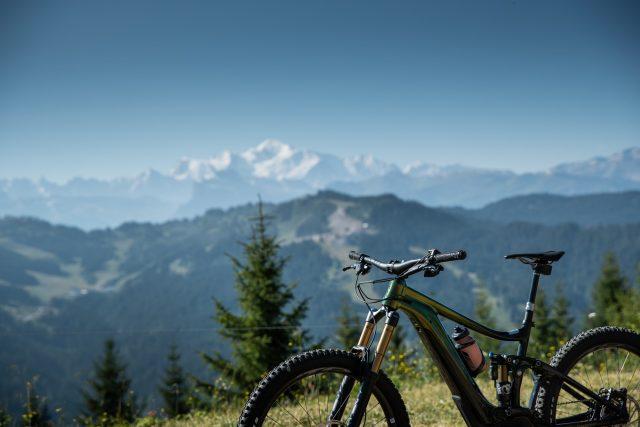 Primo approccio sui magnifici trail alpini di Les Gets e Morzine - foto: David Schultheiß
