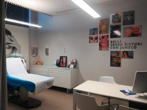 Una visita medica preventiva approfondita sono il lasciapassare necessario per accedere ad ogni tipo di cura estetica.
