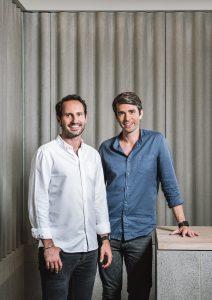 Moritz Kreppel eBenjamin Roth sorridenti dopo aver siglato il nuovo accordo che li vede partner.