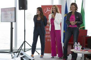 Da dx, Federica Ascoli e Laura Maesano, entusiaste organizzatrici dell'evento milanese