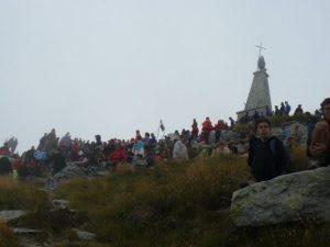 Folla-allarrivo-sul-Mombarone
