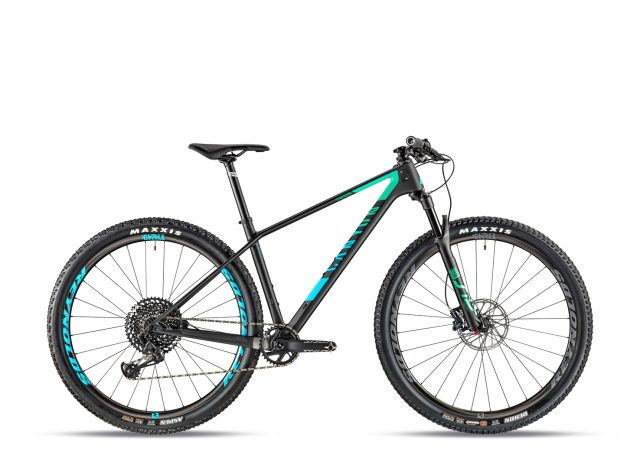 Canyon Exceed CF SL 7.0, performance per tutti a 2.699 €