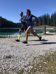 Caterina Vacchi e Simone Centemero durante il recente test della ON Cloudstratus che potete trovare sul #5 di 4running in edicola in questi giorni