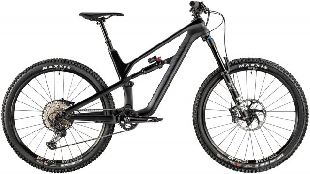 Canyon Spectral CF 8.0 MY20 - 3.499 €