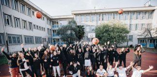 Studenti di una scuola superiore aderente alla NIKE X SCHOOL