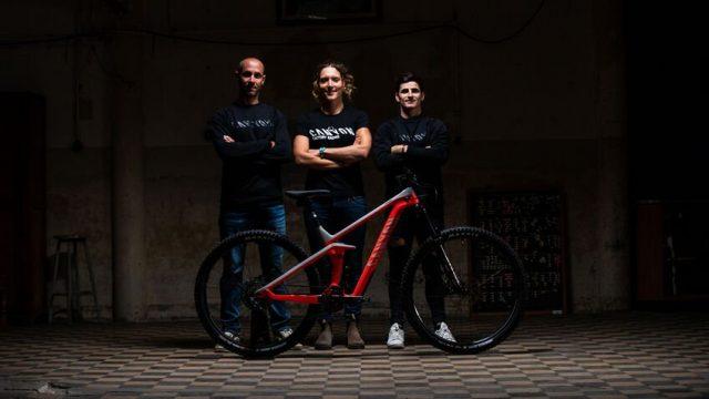 Fabien Barel con Dimitri Tordo e Ines Thoma, protagonisti dell'Enduro