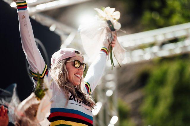 Rachel Atherton vittoriosa a Vallnord, Andorra, nel 2019